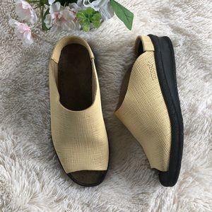 Birkenstock Tatami Peep Toe Slip on Sandals 6